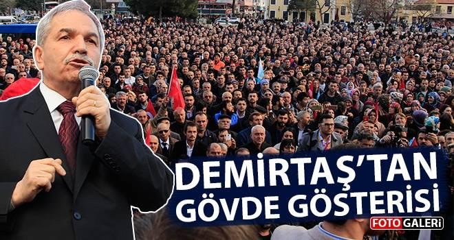 Necattin Demirtaş'tan Gövde Gösterisi