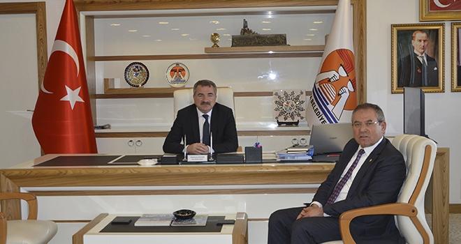 Milletvekili Zeybek'ten Başkan Özdemir'e Ziyaret