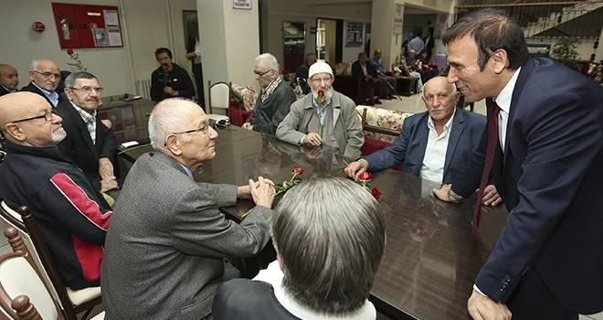 Başkan Genç yaşlılarla buluştu