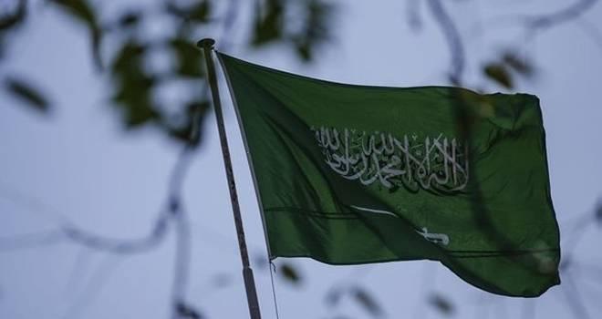Suudi Arabistan'da savaş uçağı düştü: Tüm mürettebat öldü