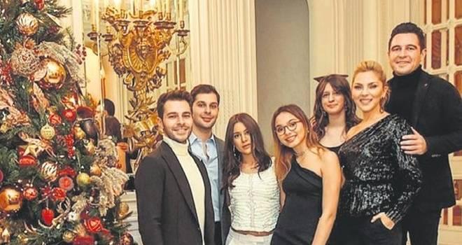 Arzu Sabancı ve Pırıl Çetindoğan'dan topuklu ayakkabı cevabı!