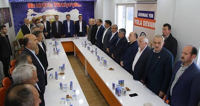 Salıpazarı Muhtar Derneği'den yapılan seçimler sonucu yeni başkan Hasan Yüksel oldu