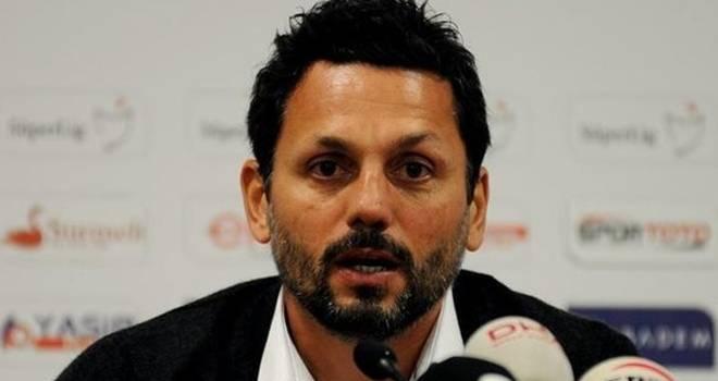Yeni Malatyaspor'un teknik direktörü Erol Bulut istifa etti