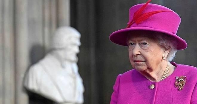 Kraliçe Elizabeth temizlikçi arıyor