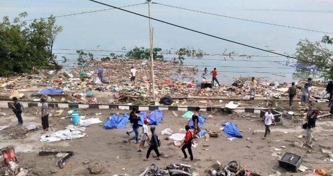 Endonezya'da ölü sayısı 1234'e çıktı!