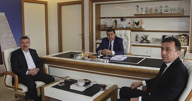 Başkan Adayı Özdemir'den İlk Ziyaret