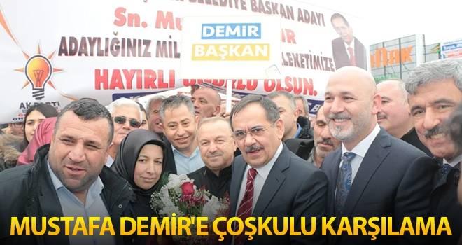 Mustafa Demir'e Çoşkulu Karşılama