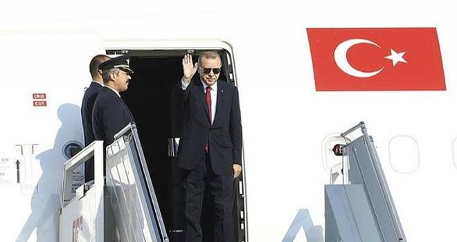 Başkan Erdoğan tarihi zirve için İran'a gitti