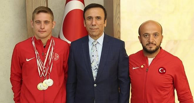 Başkan Genç'ten Şampiyona Özel Görev