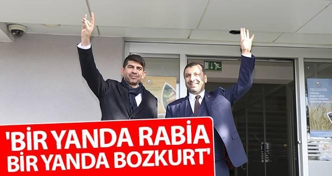 'Bir Yanda Rabia Bir Yanda Bozkurt'