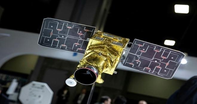 Türk mühendisler yaptı! İlk milli mikro uydu 2020'de uzayda olacak
